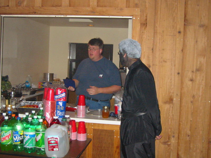 Mark Allen, the cook, and the Drae servant